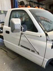 94-98 Dodge Ram 3500 Complete Rh Right Front White Manual Door Assembly