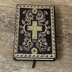 New Century Version Ncv Bible By Thomas Nelson 2005 Leather Magnetic Closure