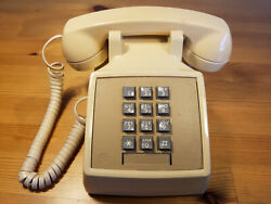 1980s Western Electric 2500 Dmg Bell System Touch Tone Beige Telephone