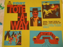 Fort Tote A Way Vtg 1722 Multiple Toymakers Cowboy Indian Playset 70 + Pieces