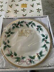 4 Mikasa Ribbon Holly Dinner Plates With Gold Trim Bone China Discontinued
