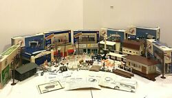 Large Lot K-line Lionel Bachmann Buildings And Accessories O Scale Hangar Barn Vtg