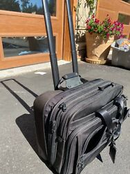 Tumi Large Laptop Bag/wheels And Overnight Bag. Cost Me 1200- Includes Laptop