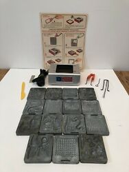 Creepy Crawlers Thingmaker By Mattel - 12 Molds And Heater.