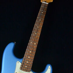 Fender Player Plus Stratocaster Opal Spark With Gig Case Ships Safely From Japan