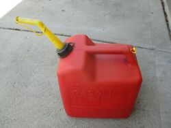 Chilton 6 Gallon Red Plastic Vented Fuel Gas Can W/ Spout And Cap P60