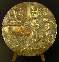 Medal One Love Sign Le Chant In The Lion Sc Pisanello Antonio Pisano Medal