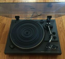 Hitachi Direct Drive Turntable Ht-350 - Powers On, For Parts Record Player 1970s