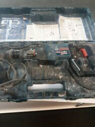 Bosch 11255VSR 1quot; SDS Plus Bulldog Extreme Rotary Hammer works excellent