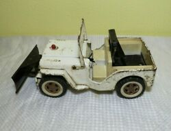 Vintage Tonka Aaa Emergency Jeep With Snow Plow Tow Truck Wrecker Toy In White