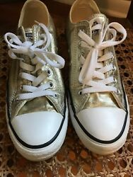 Excellent Chuck Taylor Converse In Gold Metallic Iridescent Size 7.5