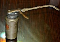 Vintage Plews Oiler Inc Oil Can Made In Usa No 965d 5x8