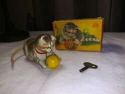 Kohler Gnk Mechanical Wind-up Cat With Ball Tin Toy Germany In Box Key Kitten