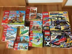 Tomica Pla Set Construction Site Connected Roads 7-eleven Police Station Carrier