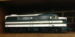 Very Rare G-gauge Train-southern Crescent Diesel W/3 Streamliner Cars - Has Mth
