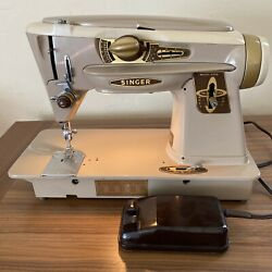 Tested Singer Slant-o-matic Model 500a Rocketeer Sewing Machine W/ Pedal + Case