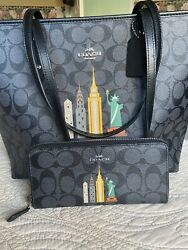 Limited Edition NYC Coach Bag W Wallet Included $185.00