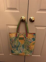 LILLY PULITZER FOR ESTEE LAUDER STRAWBERRY amp; BANANA TOTE BEACH BAG CANVAS $12.00