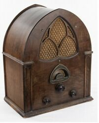 Atwater Kent Cathedral Tube Radio Model 84