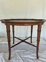Vintage 70and039s Hekman Furniture Cherry Wood Brown Table Rounded Tray Shape