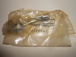 31202a1 New Vintage Mercury Outboard Throttle Shaft Inventory B5-5