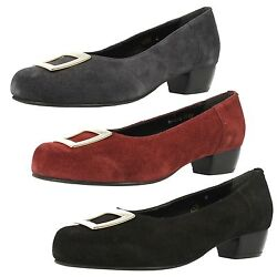 Ladies DB Da Bella quot; Katequot; Suede Court Shoes in Wide Width Fittings.. GBP 19.99