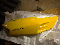 Honda Oem Y106 Yellow Right Body Cover 2003 And 2006 Nss250 83400-kpb-a00za