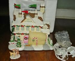 Hawthorne Santa And Mrs. Claus Castle Box Coa And Clarice Rudolph - Christmas Town
