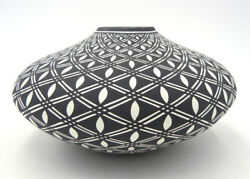 Native American Acoma Indian Pottery Seed Pot White And Black By Paula Estevan