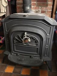 Resolute Vermont Castings Wood Stove 1980 $895.00