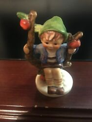 Goebel Mi Hummel Apple Tree Boy 142 3/0