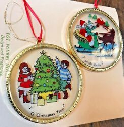 Vintage Jingle Bell And O Christmas Tree Round Ornaments Stained Glass Style Gold