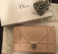 Christian Dior Light Pink Grained Leather Diorama Wallet on Chain Retail $1550