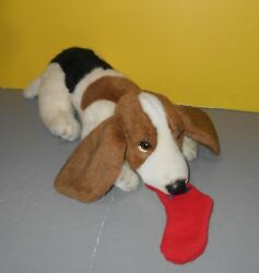 1985 Jockline Italy Avanti Baby Animals By Applause Basset Hound eating Sock