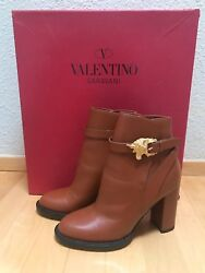 1,375 New Valentino Cognac Leather Ankle Boots Size 35 / 5 Us