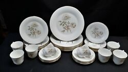 Royal Doulton England Yorkshire Rose H5050 Set Of 8 Five Piece Place Settings