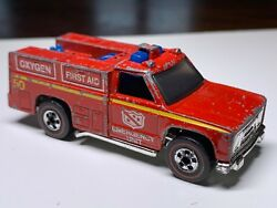 Hot Wheels Redline Emergency Squad Truck In Nice Condition
