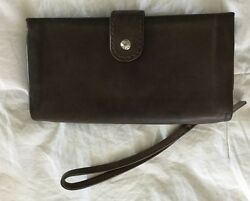 HOBO INTERNATIONAL Cypress Taupe Grey Brown Leather Wristlet Wallet Clutch Purse