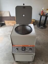 IEC Model CS Floor Standing Centrifuge with Rotor & Buckets WORKS GREAT
