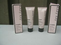 Lot 2 Mary Kay Timewise Matte Wear Liquid Foundation Ivory 3 038752 New in Box