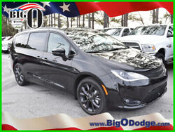 2019 Chrysler Pacifica Limited 2019 Limited New 3.6L V6 24V Automatic FWD MinivanVan Moonroof Premium