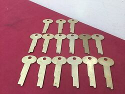 Sargent And Greenleaf By Ilco And Original Safety Deposit Box Key Blanks Set Of 15