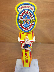 Newcastle Bombshell New Castle Pale Blonde Ale Bombshell New And F/s 7 Short
