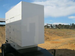 60KW CUMMINS DIESEL TRAILER MOUNTED GENERATOR - 75KVA 4BT