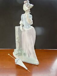 Lovely Lladro Figurine Esthetic Pose 4850 Glazed 15 Tall Lady By Garden Wall