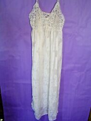 Miss Elaine Me 2  Sexy Nightgown Lingerie  lace top Floral Design Size Small