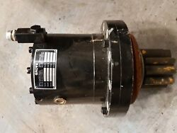 Grove Manitowoc Crane Parts Cab 03328081 Standard Gear Unit Slewing Gearbox Cabs