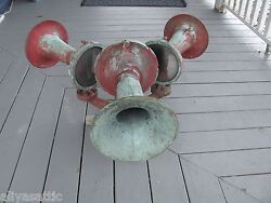 Vintage Firehouse Triple Federal Electric Brass Air Horns Warning Signal Unit