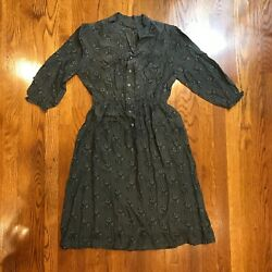 Cute Paisley Front Button Styled Gray Dress Womens Sz S or XS?