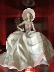 Lladro Vintage Large Figurine Dreaming Of You. No Flaws 06315